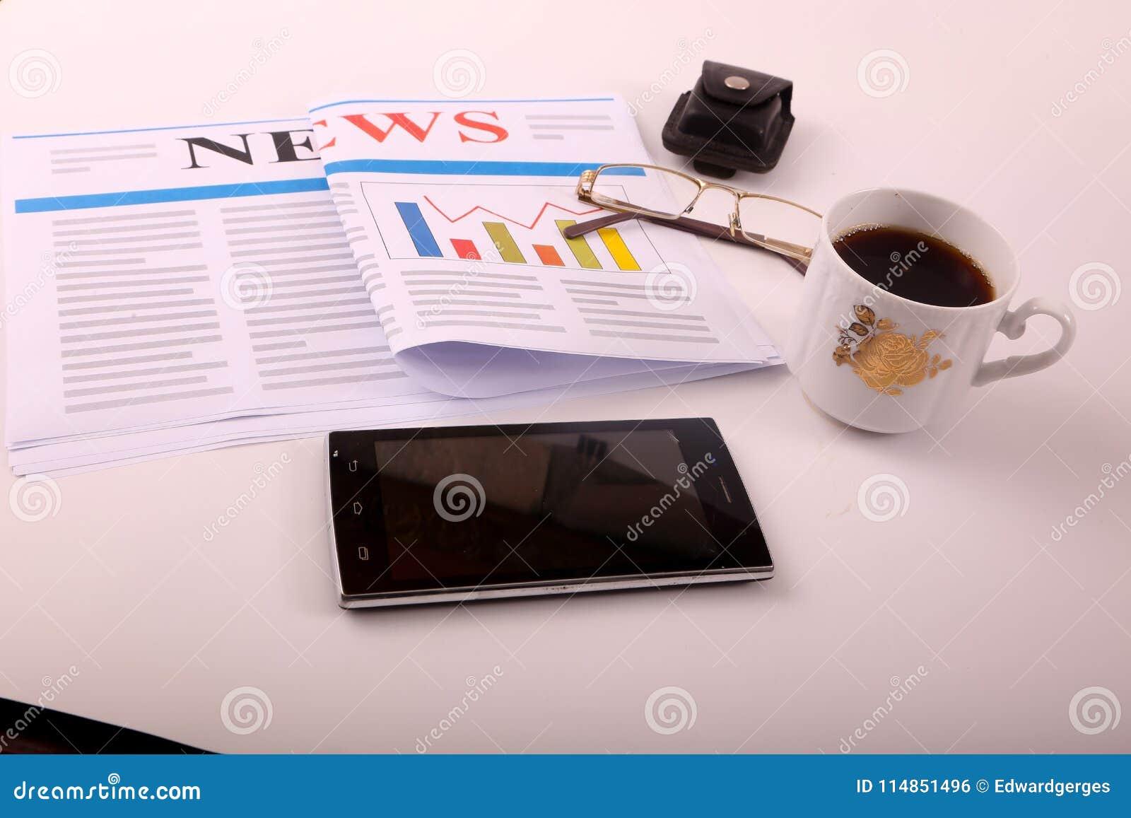 Smartphone mit Kaffee