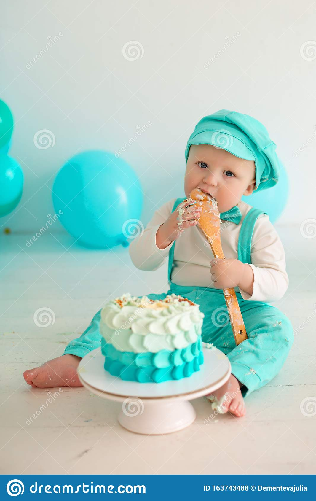 Wondrous Smash Cake Birthday Boy Party Stock Photo Image Of Cute Happy Personalised Birthday Cards Veneteletsinfo