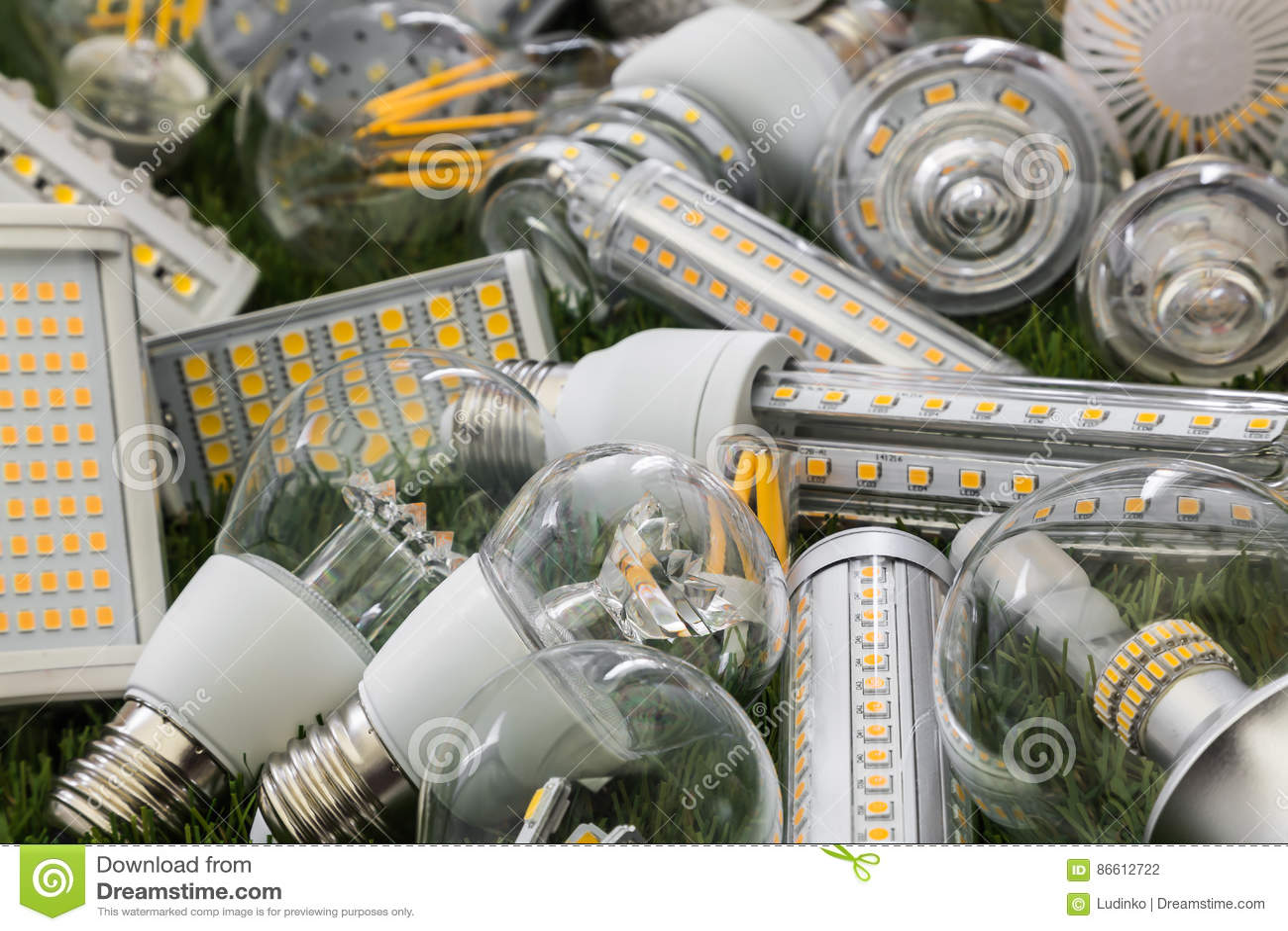 Smd e filamenti delle lampadine ecologiche ed economiche for Lampadine led economiche
