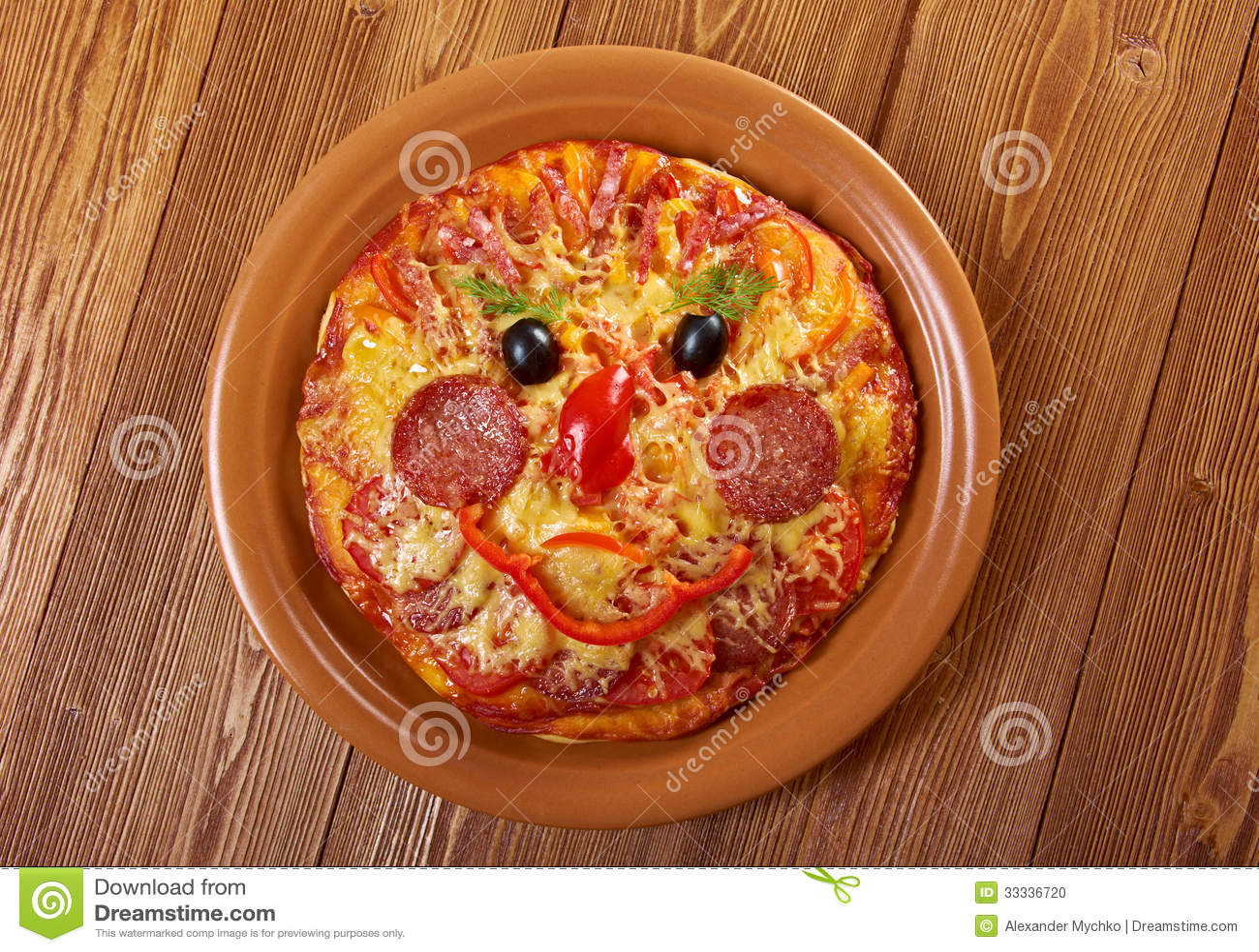 smiley faced pizza stockfoto bild 33336720. Black Bedroom Furniture Sets. Home Design Ideas