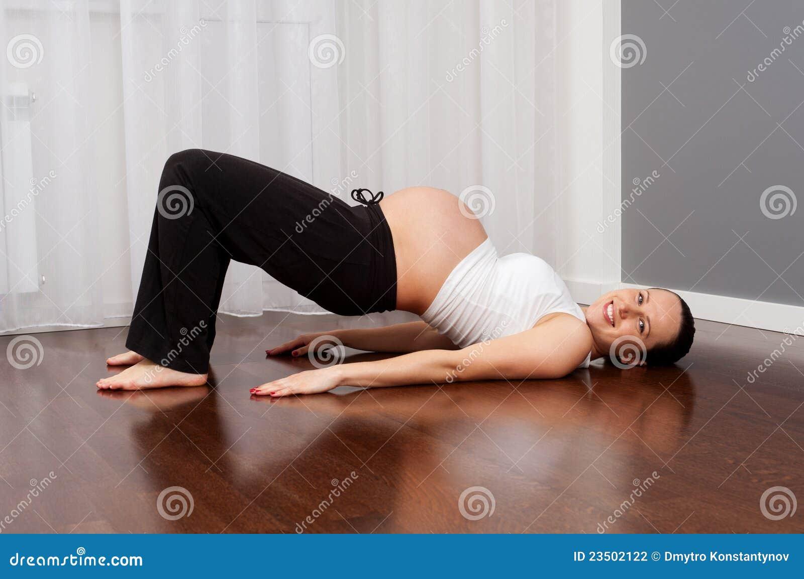Йога для беременных на дому