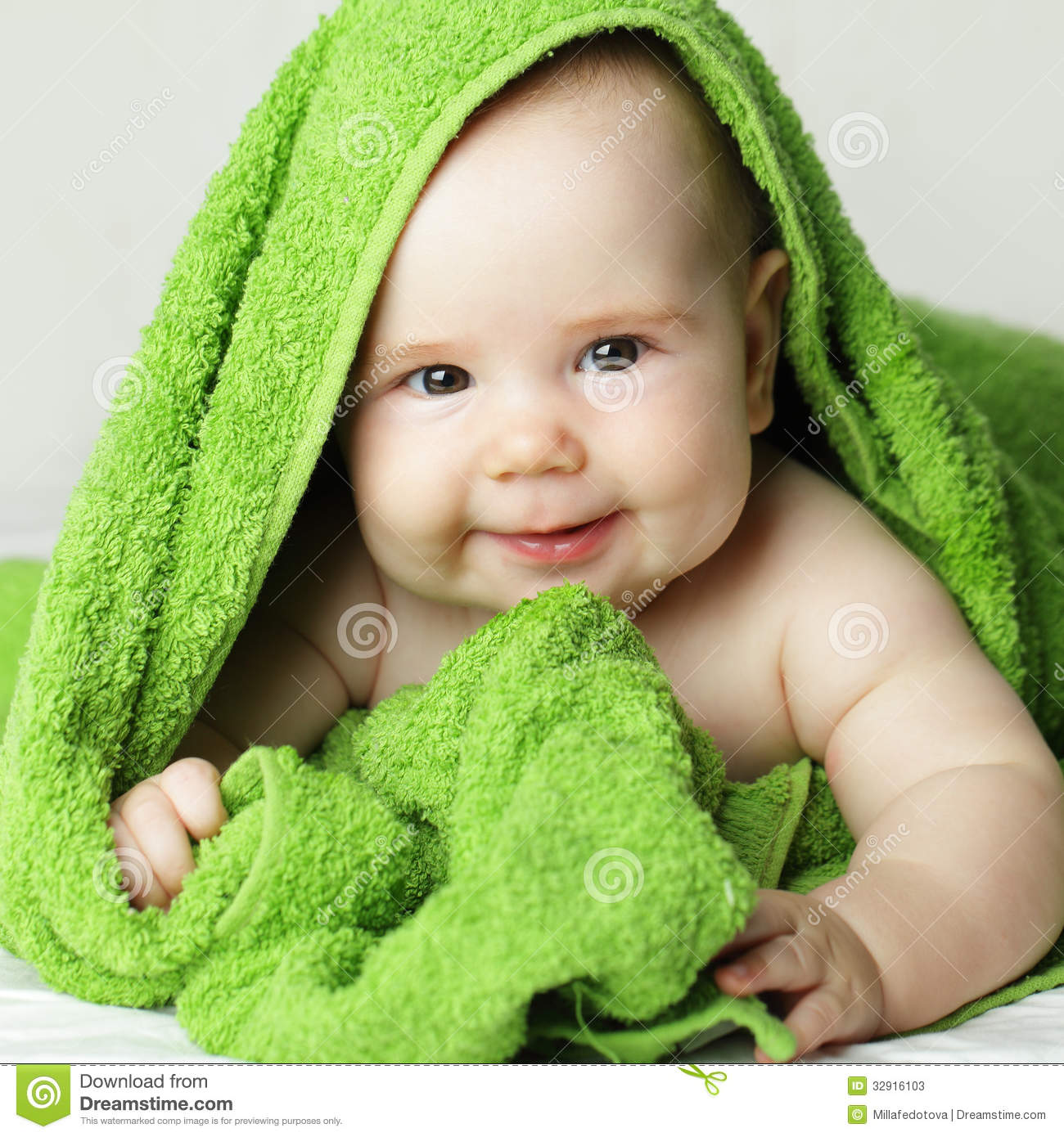 smiling baby, cute face stock image. image of bath, studio - 32916103