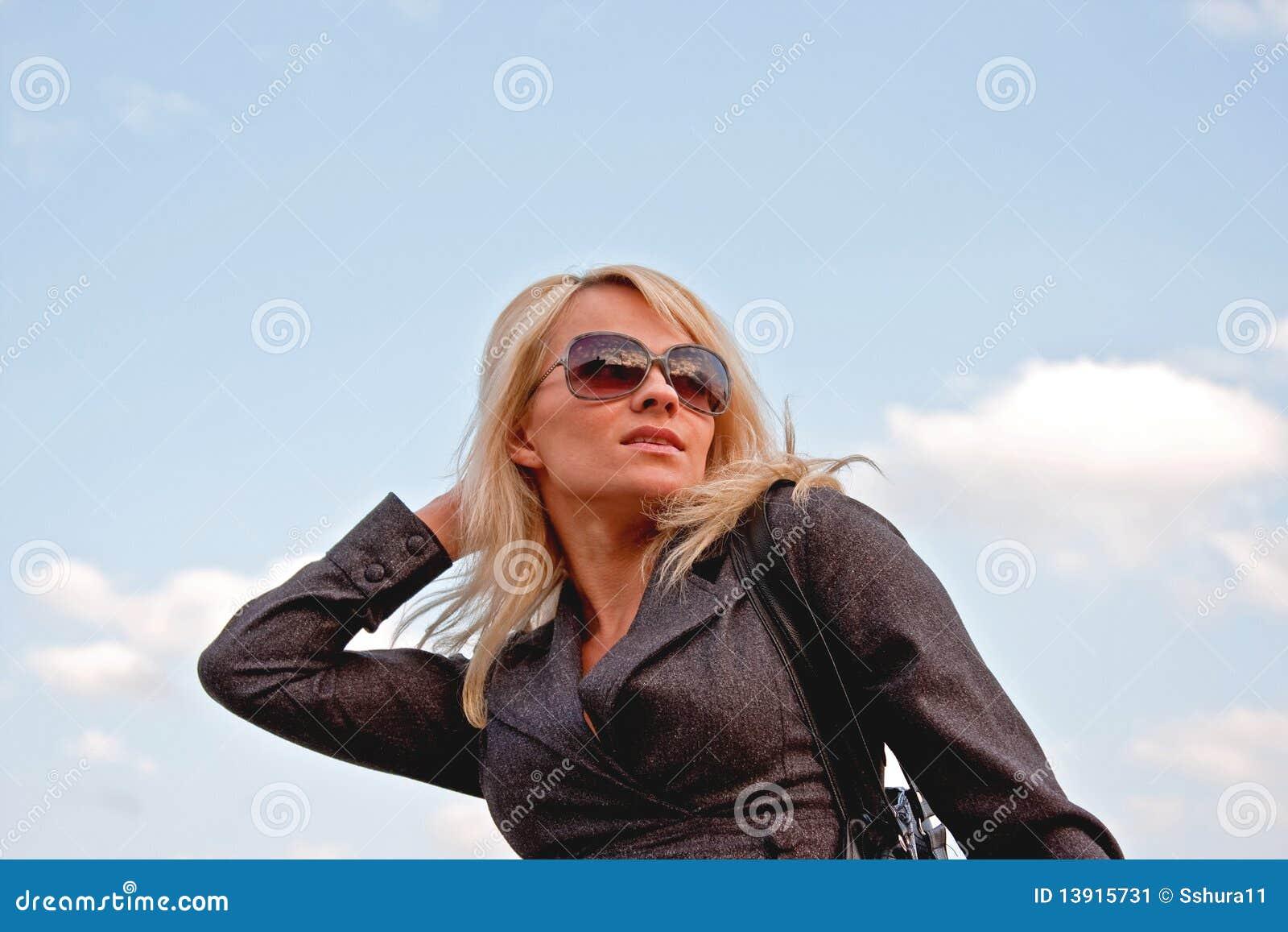 Smiling beautifull blonde women in sunglasses stock image image
