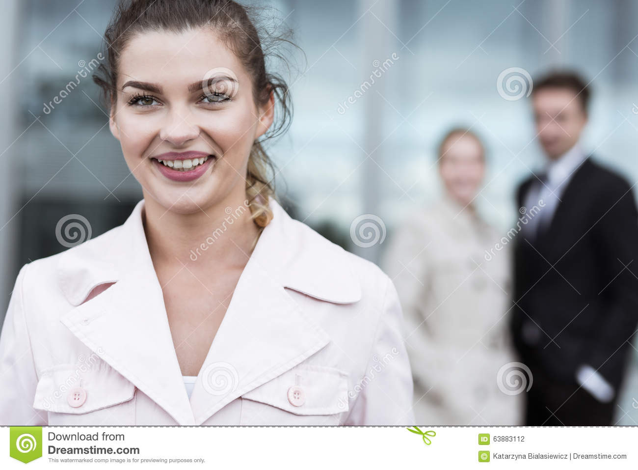Smiling beauty businesswoman