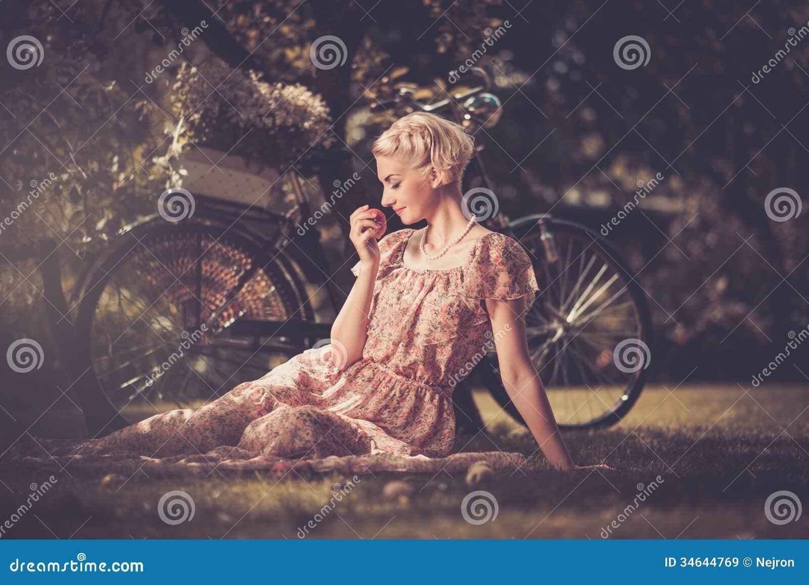 Ретро женщины блондинки 4 фотография