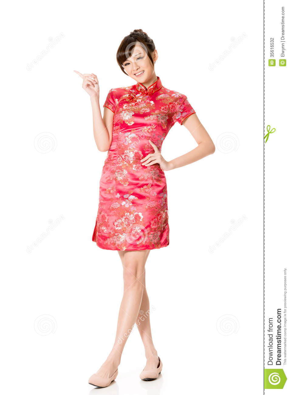 Traditional Chinese Clothing For Women Smiling chinese woman dress