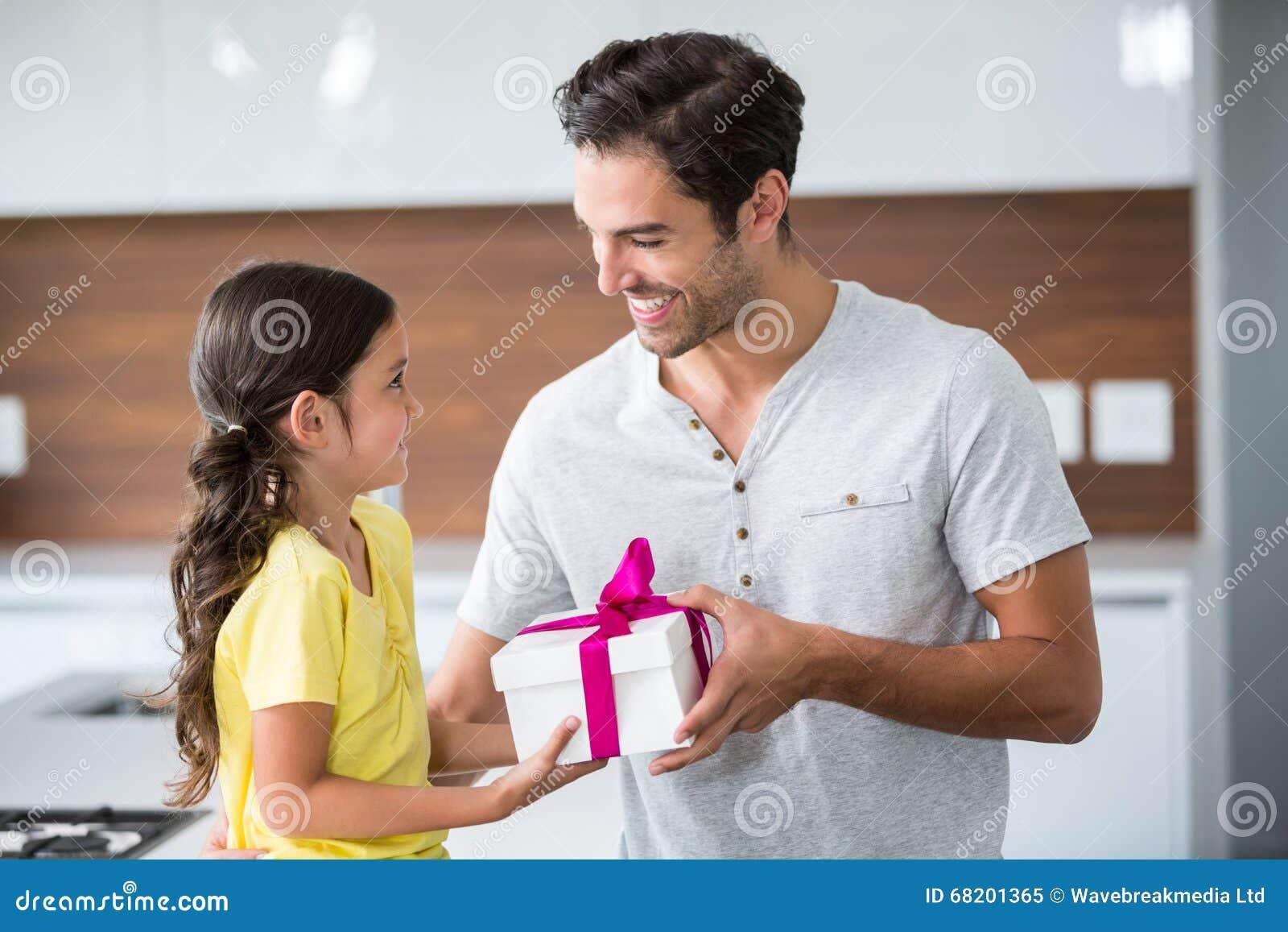 Daughters giving dads handjob