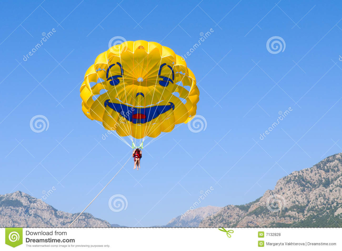 Smiling Funny Parachute Royalty Free Stock Photos - Image: 7132828