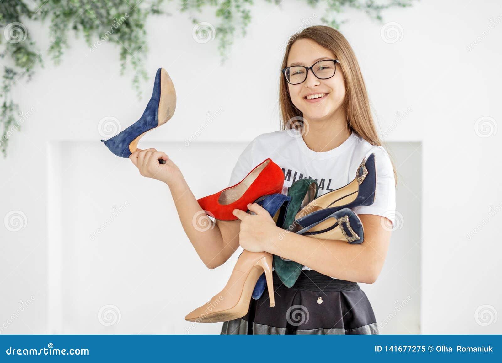 sale smiling shoe