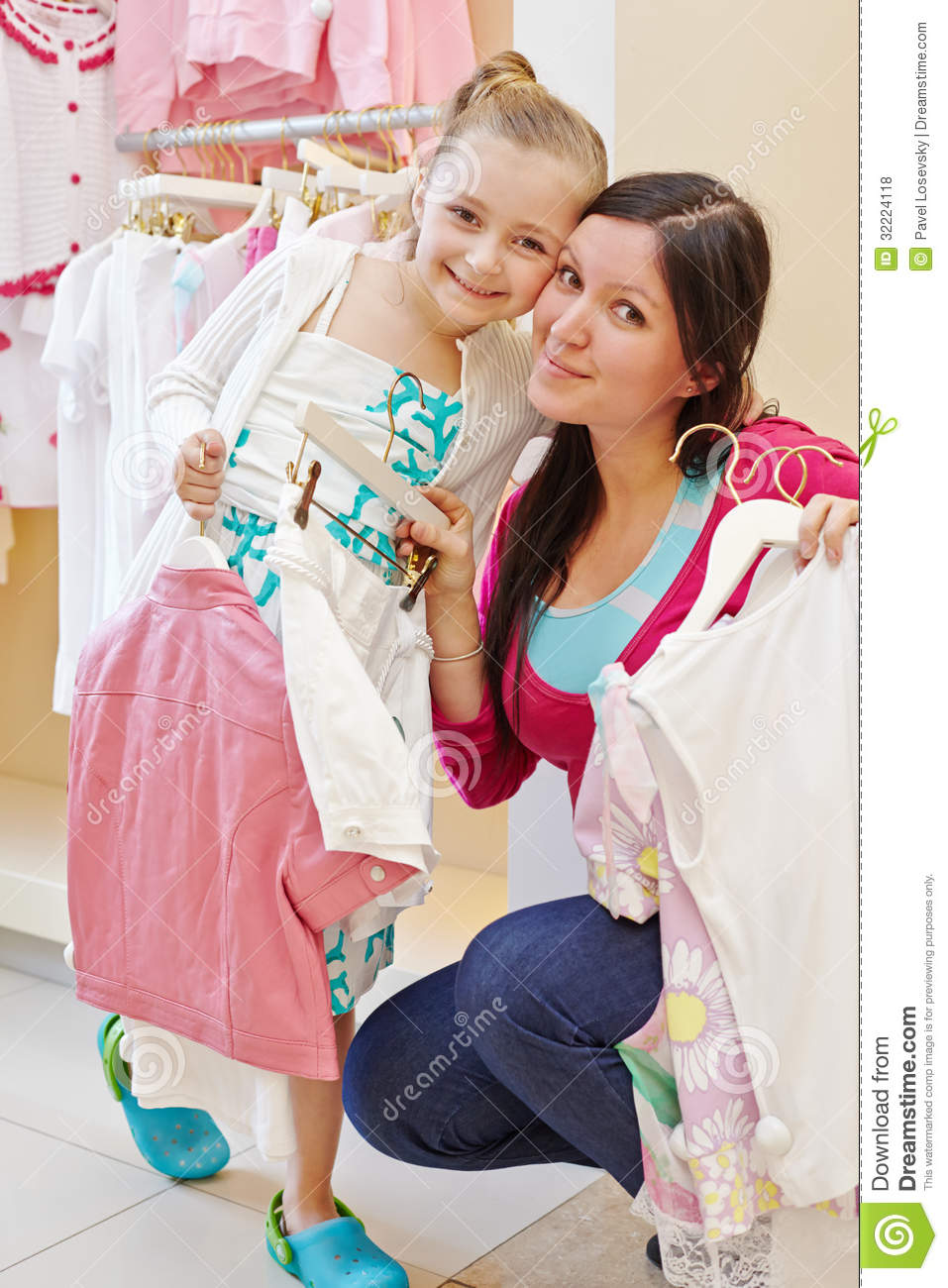 Stores for girl clothes. Clothing stores