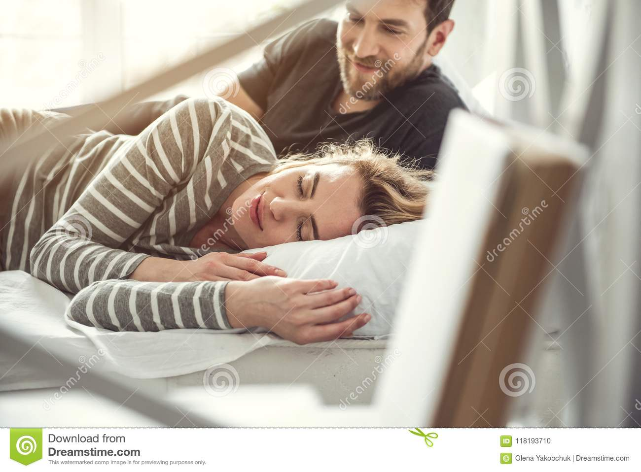 sleeping with a man who has a girlfriend