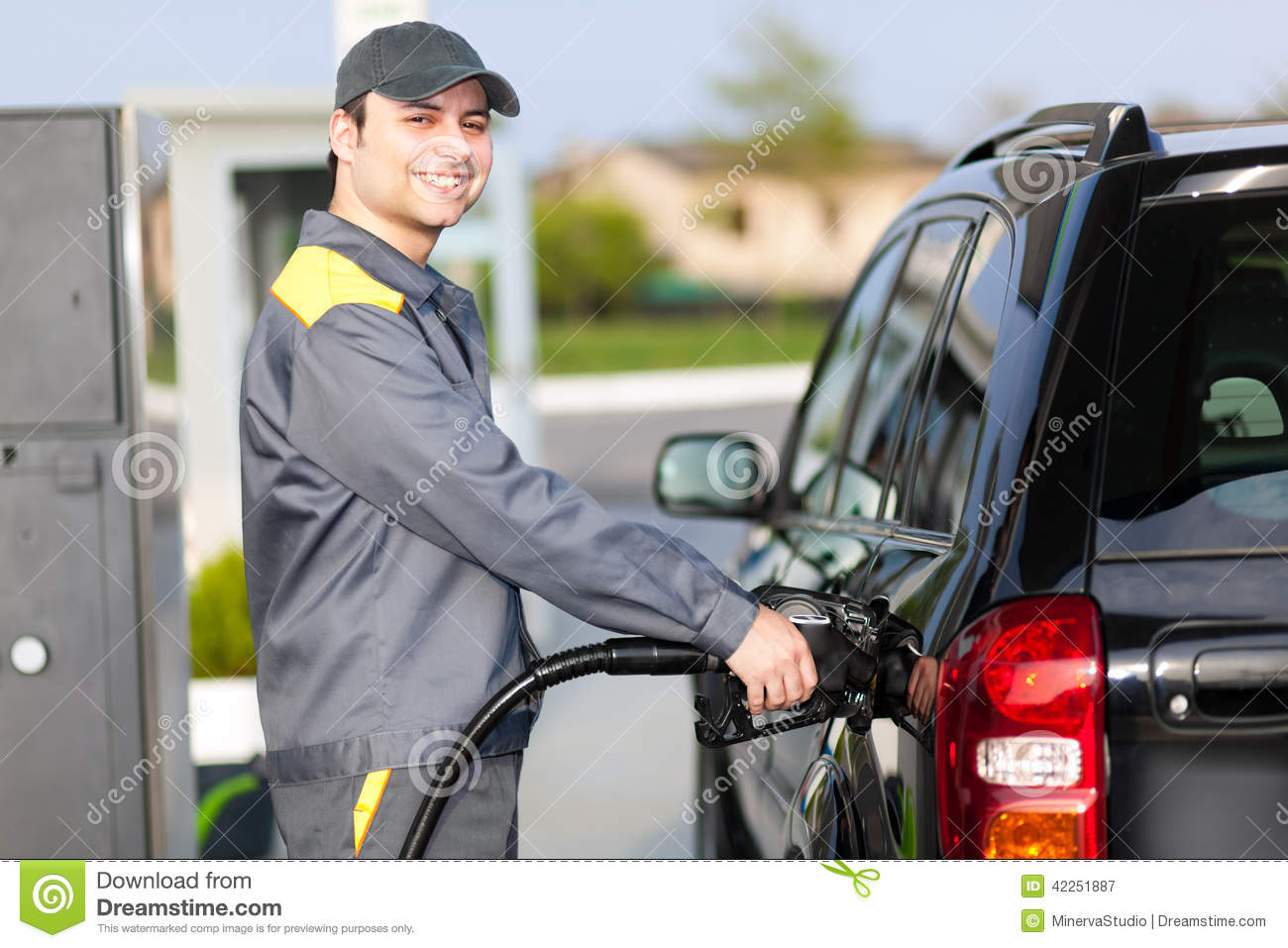 Smiling Gas Station Worker At Work Stock Photo - Image: 43814768