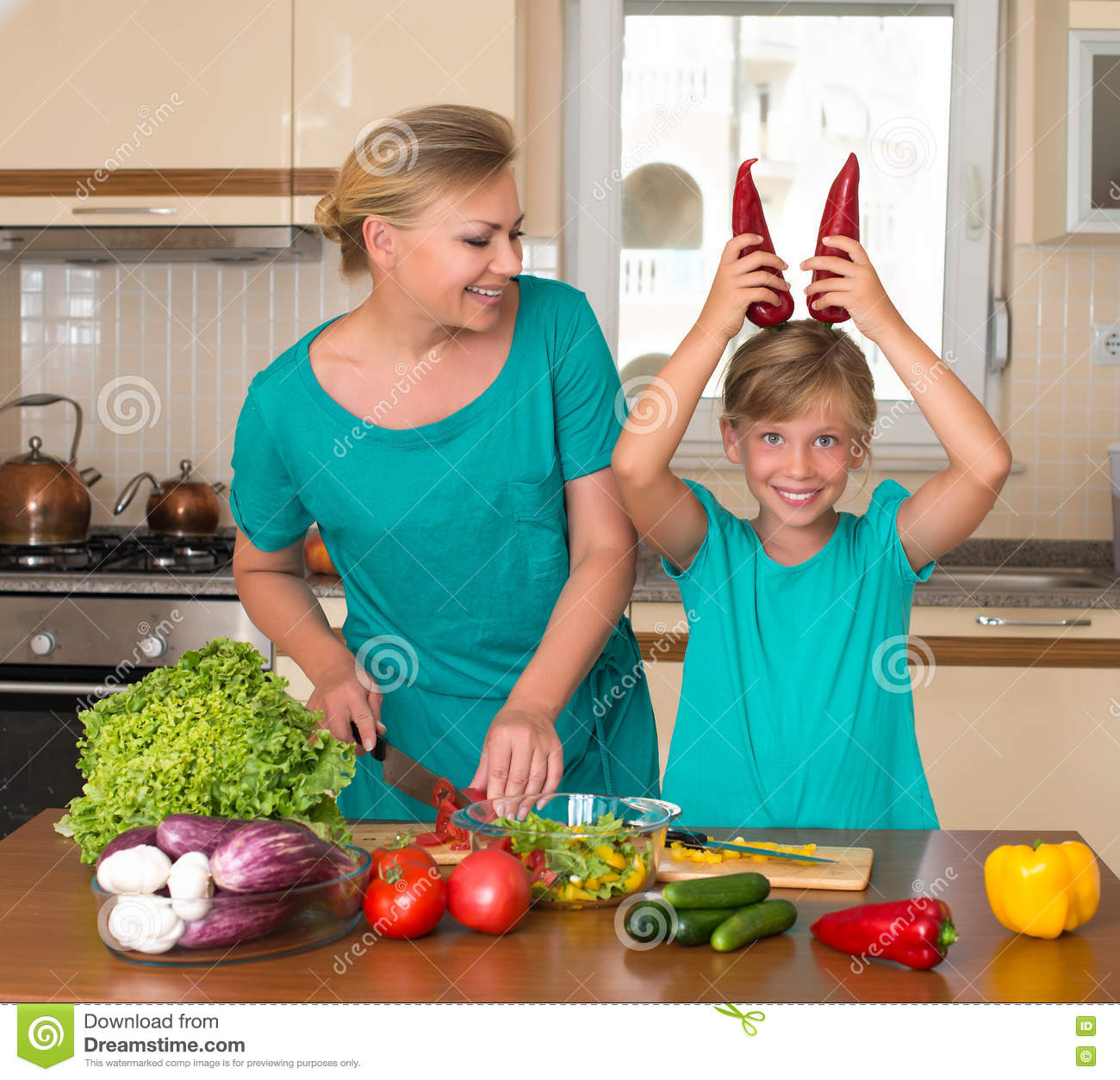 Girl making a veggie stew up her cunt
