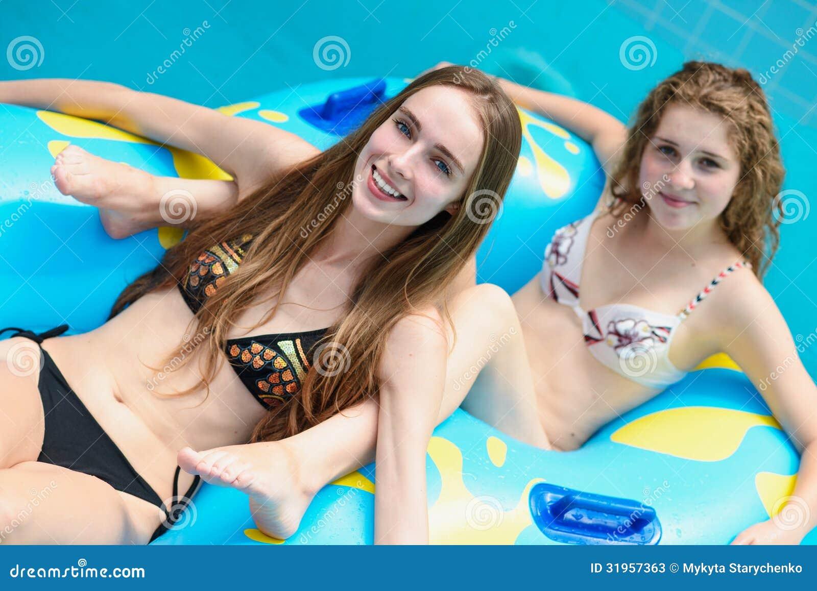Bikini park water
