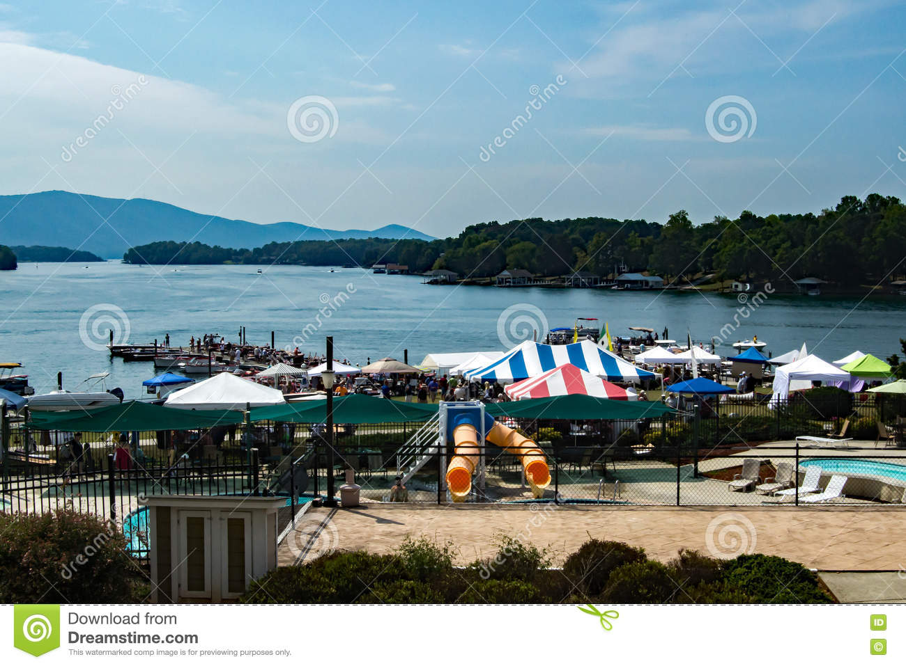 Smith Mountain Lake Antique Classic Boat and Festival 2016