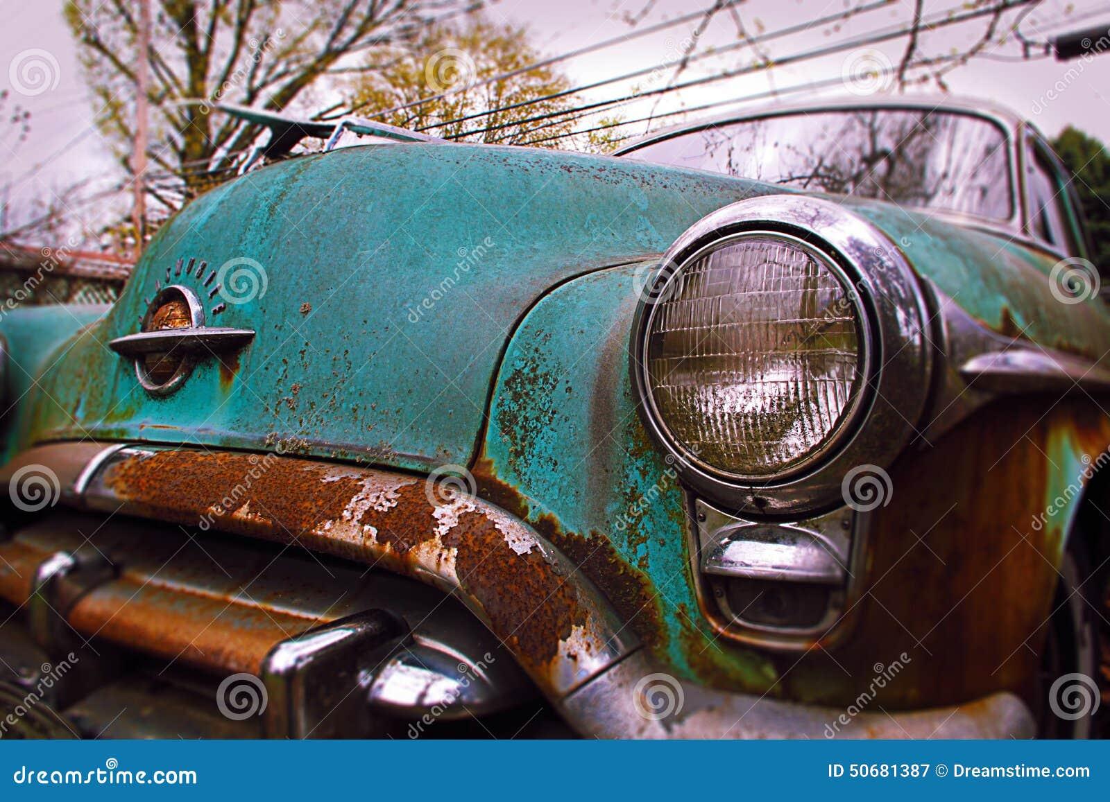 Download 老smobile 库存图片. 图片 包括有 oldsmobile, 汽车, 胡同, 俄亥俄, automatics - 50681387