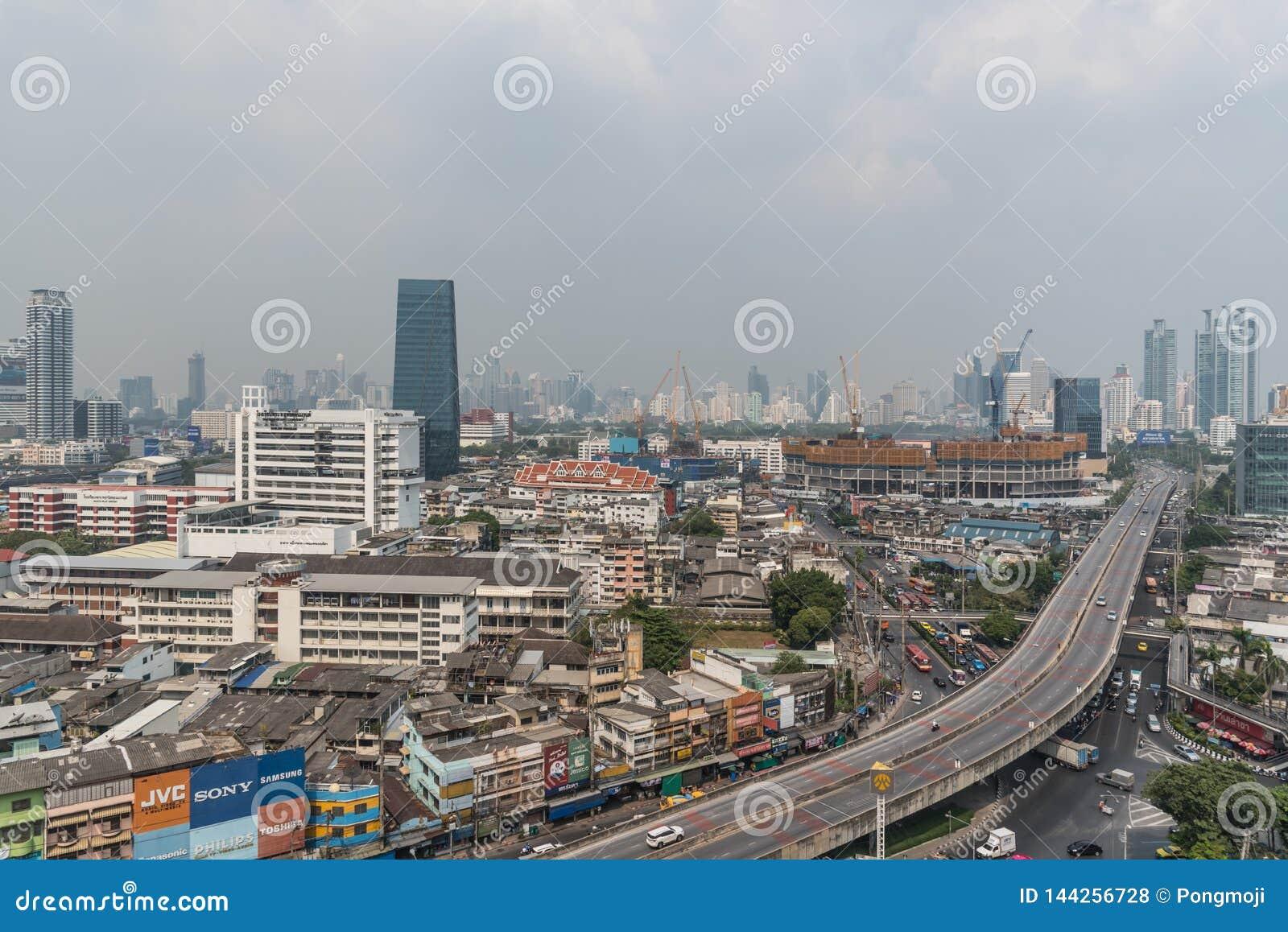 Smog PM2 damm 5 att ?verskrida standart v?rde av Bangkok