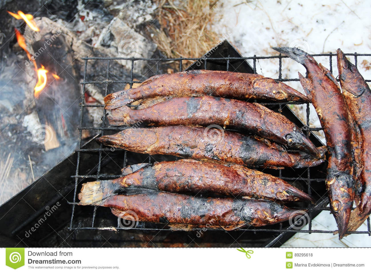 How to smoke fish in smokehouse What can smoke fish 25