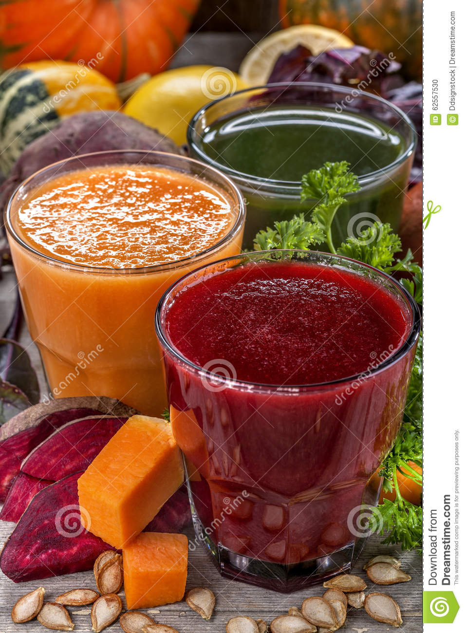 Smoothies And Juices Royalty Free Stock Photography