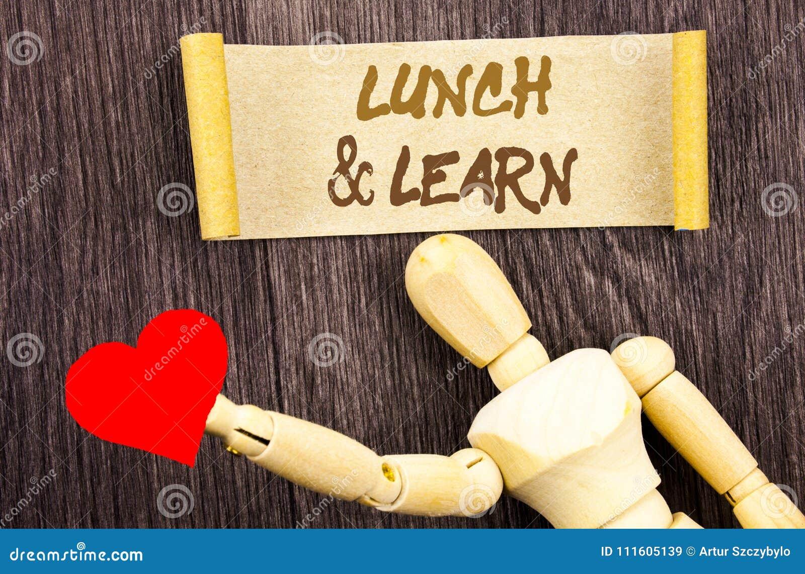 Smsa teckenvisninglunch och lär Begreppsmässig kurs för bräde för fotopresentationsutbildning som är skriftlig på klibbig anmärkn