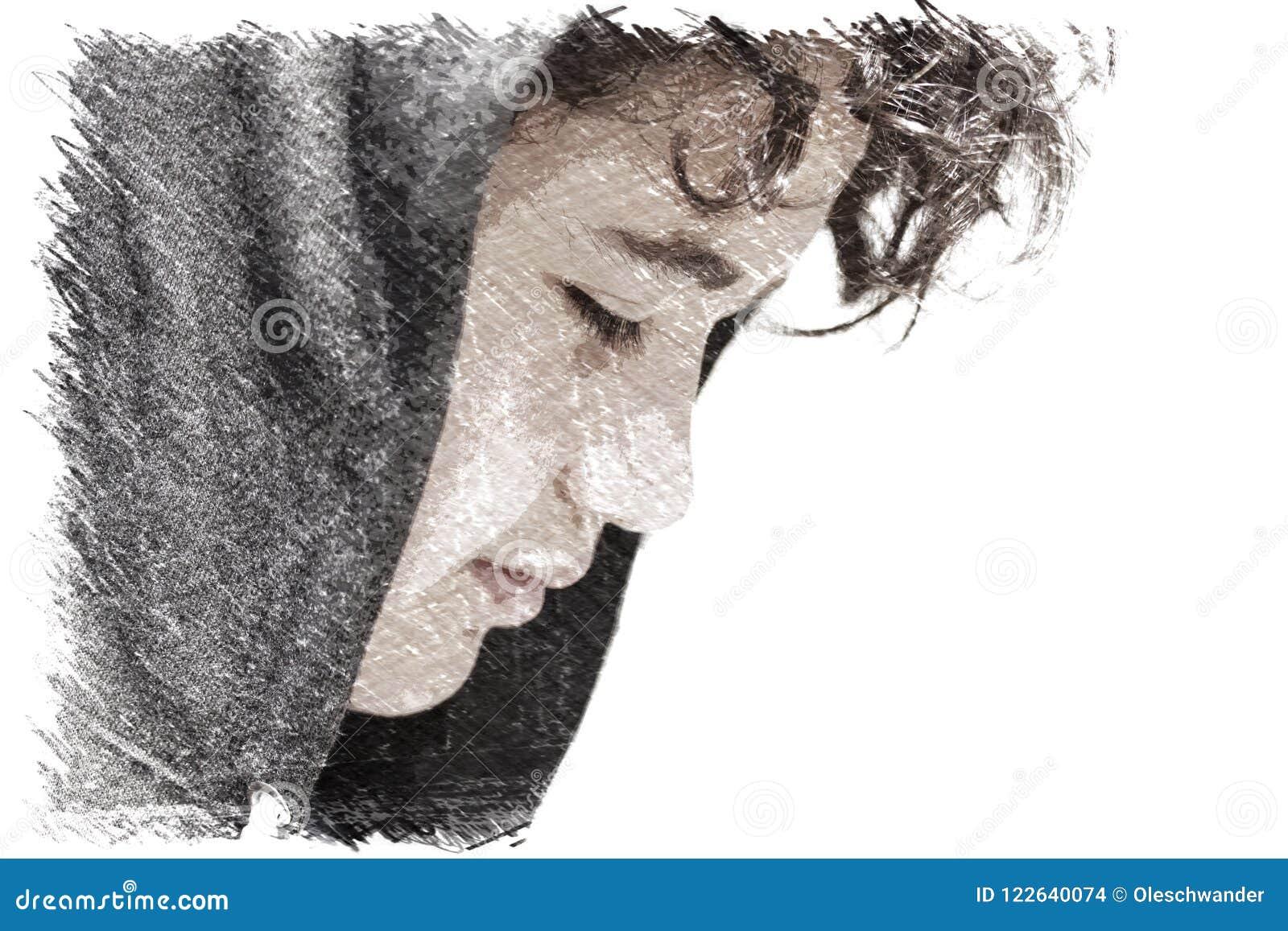 Smutny skołatany 13 lat szkolnej chłopiec nastolatek jest ubranym hoodie pozować plenerowy - rysujący