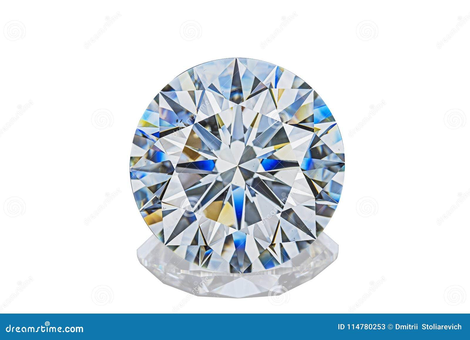Sneed de luxe die kleurloze transparante fonkelende halfedelsteen om vorm diamant op witte achtergrond wordt geïsoleerd
