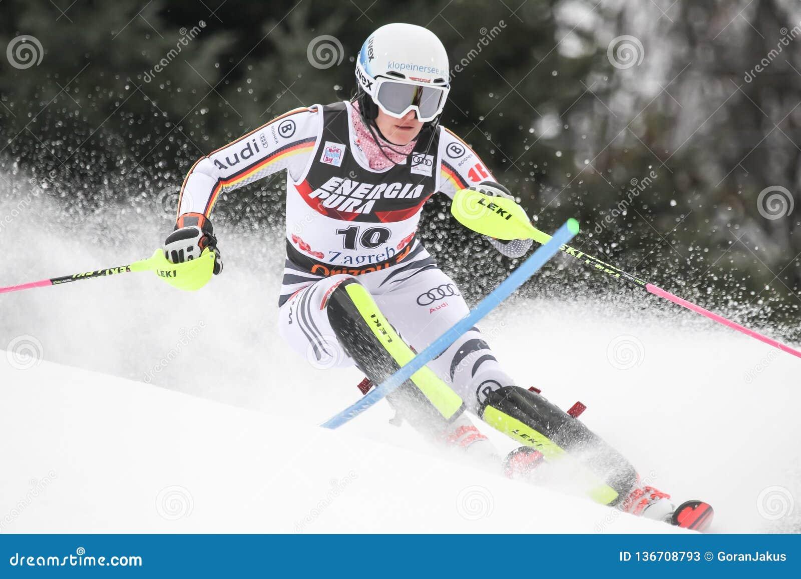 Sneeuw Koningin Trophy 2019 - Damesslalom