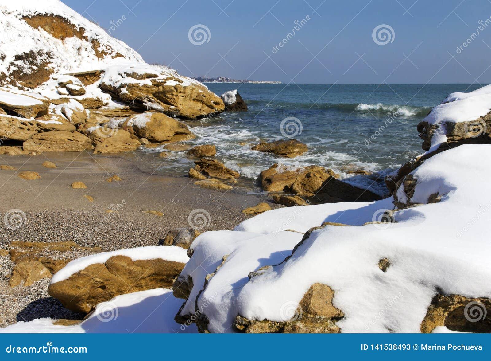 Sneeuw op het overzees