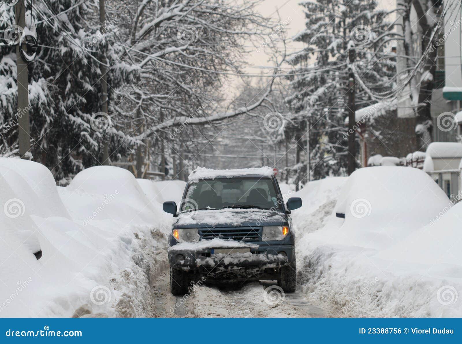 Sneeuw van wegvoertuig