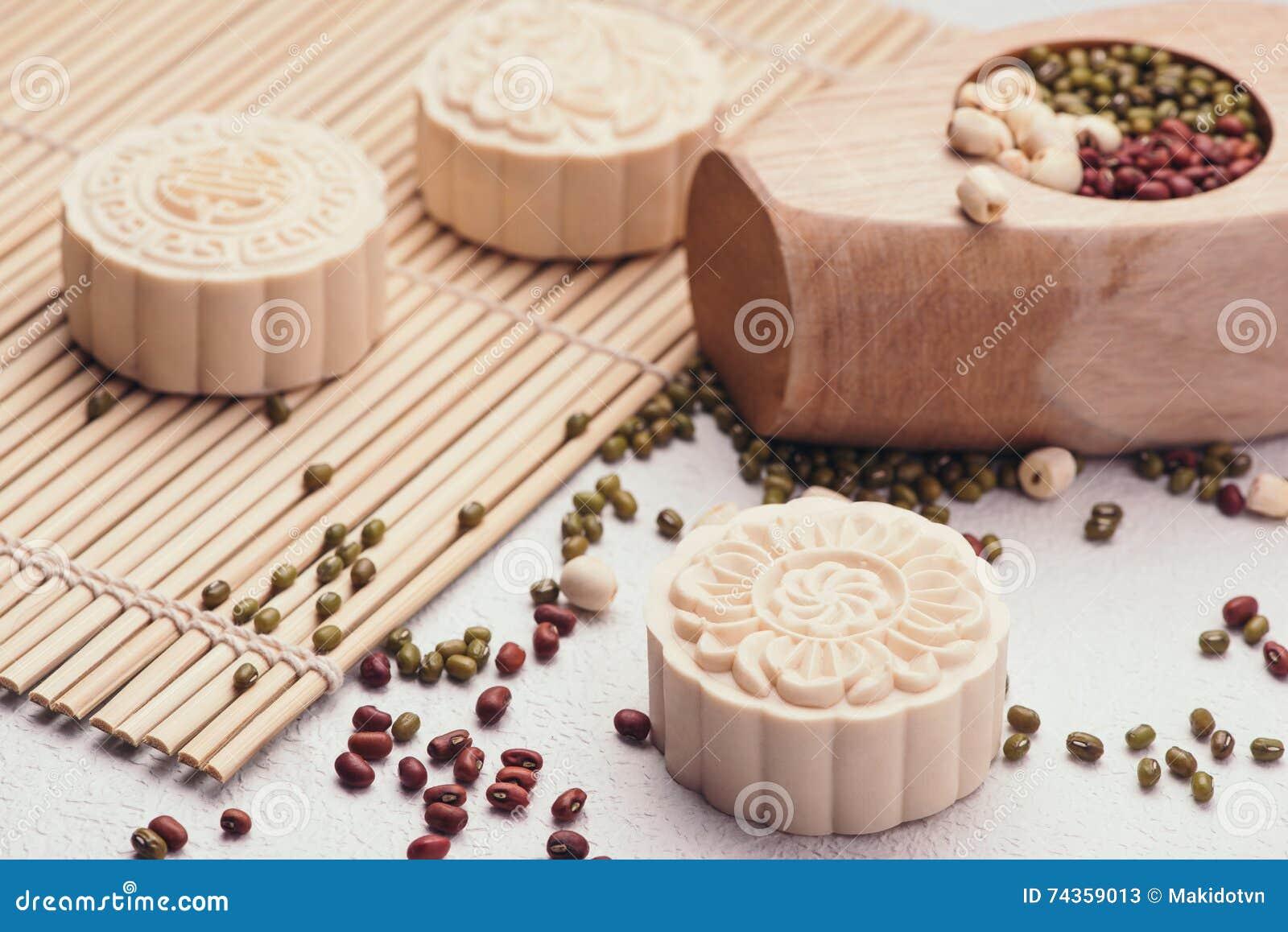 Sneeuwhuid mooncakes Chinese medio raditionalfoo van het de herfstfestival