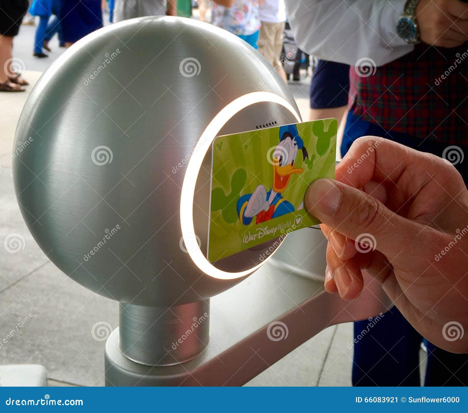 Snel Paskaartje bij Disney-Wereld