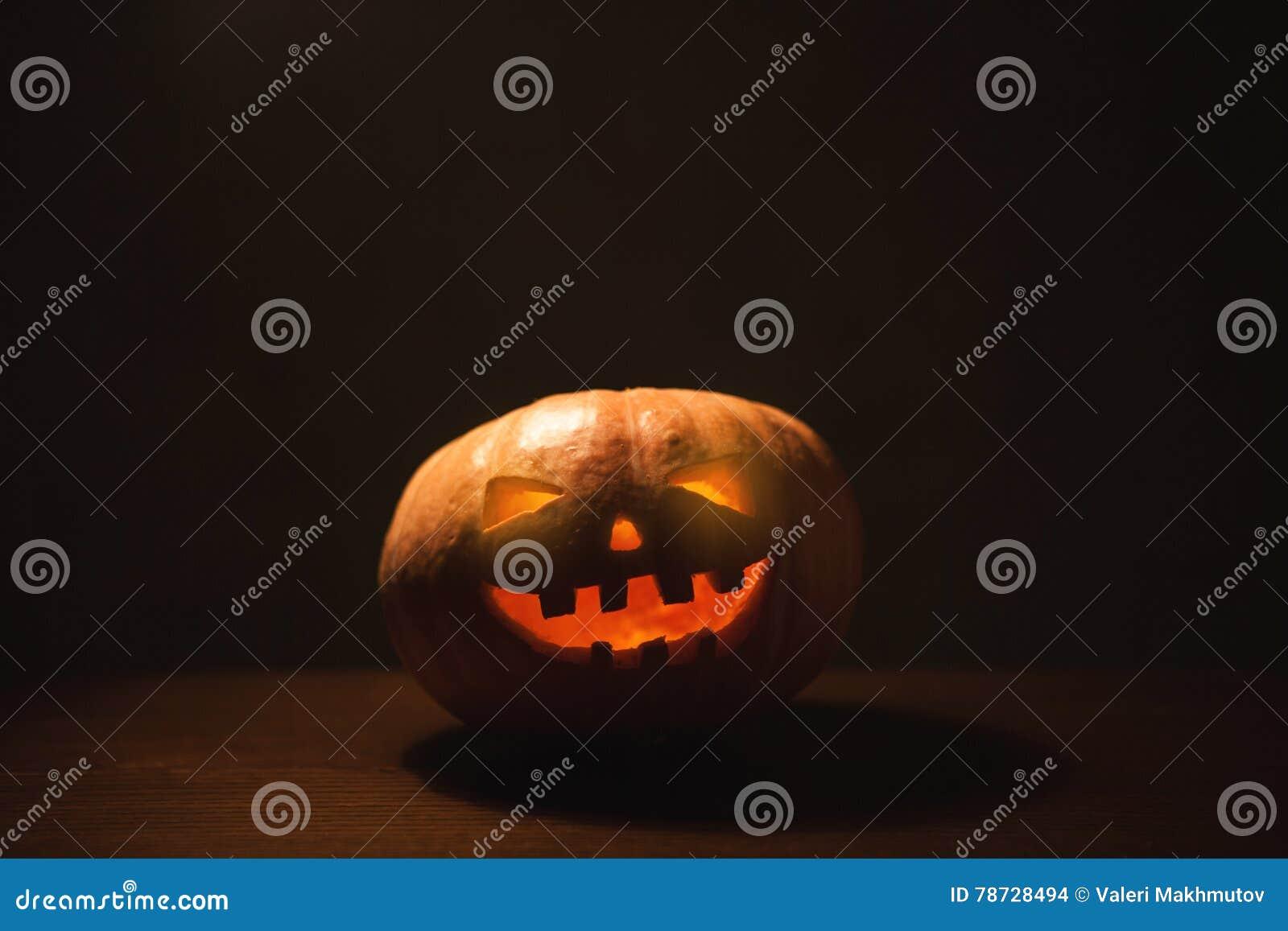Sniden halloween pumpa