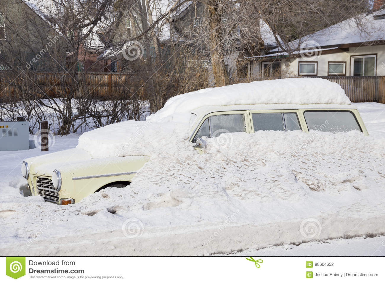 Snow Covered Car Bend Oregon Stock Photo Image Of Drive Roads