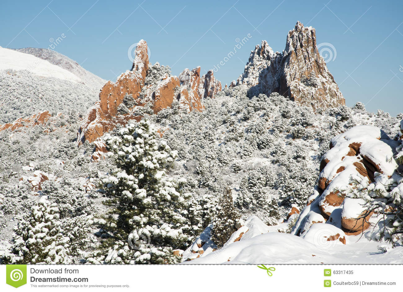Snow At The Garden Of The Gods Stock Image , Image of snow