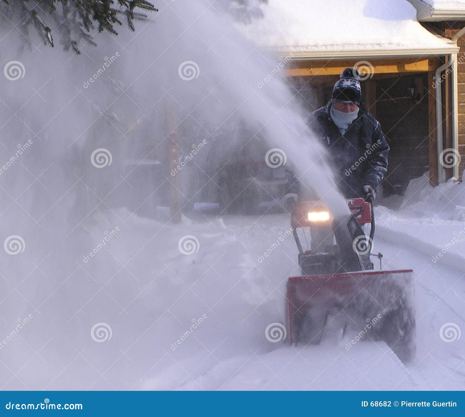 Snowing man senior 2