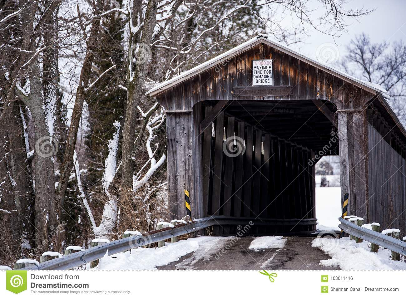 Snowy Covered Bridge Mccafferty Ohio Stock Photo Image Of Howe Truss Diagram A View Restored Antique Through In