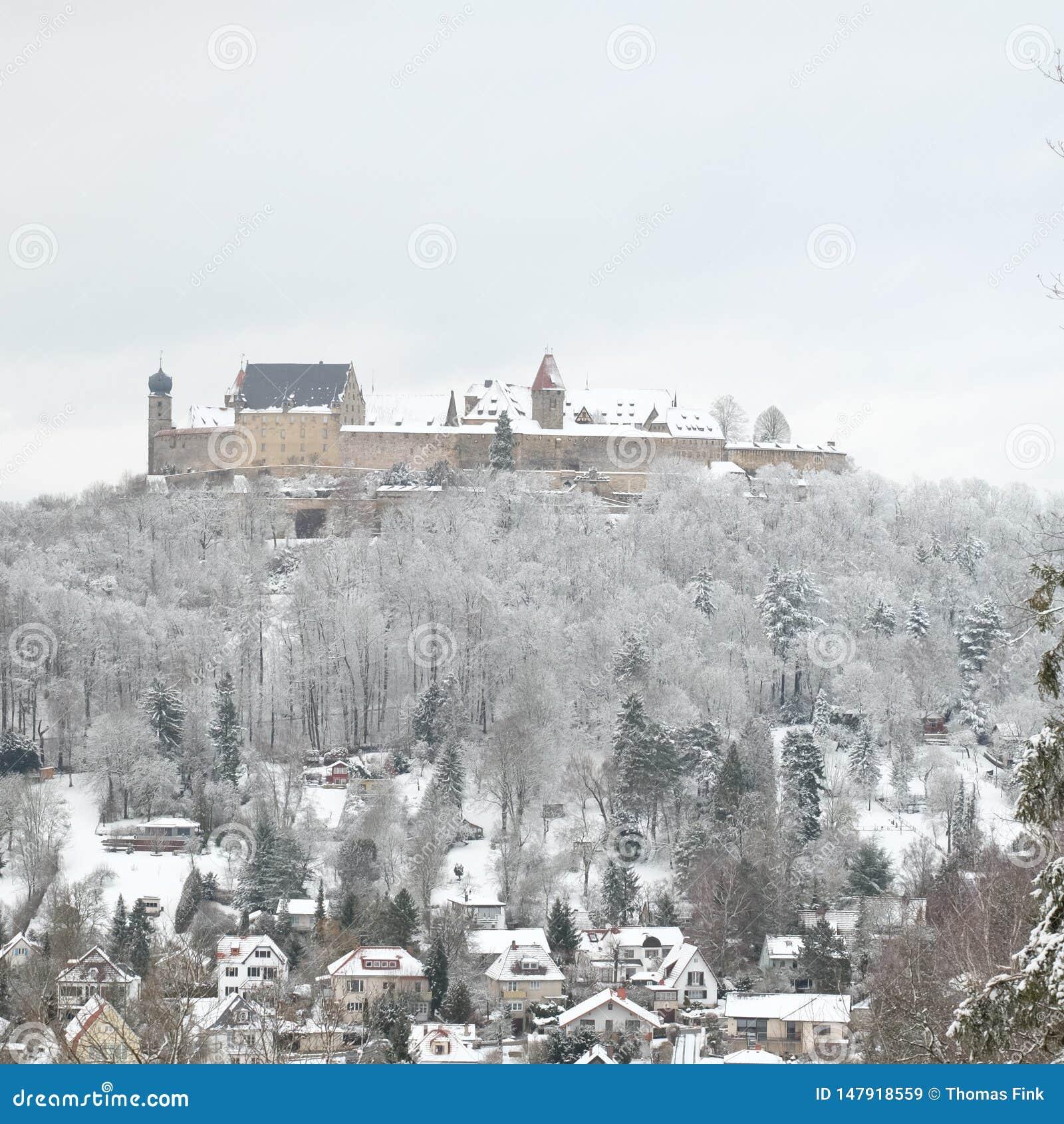 Snowy Veste Кобург во время зимы