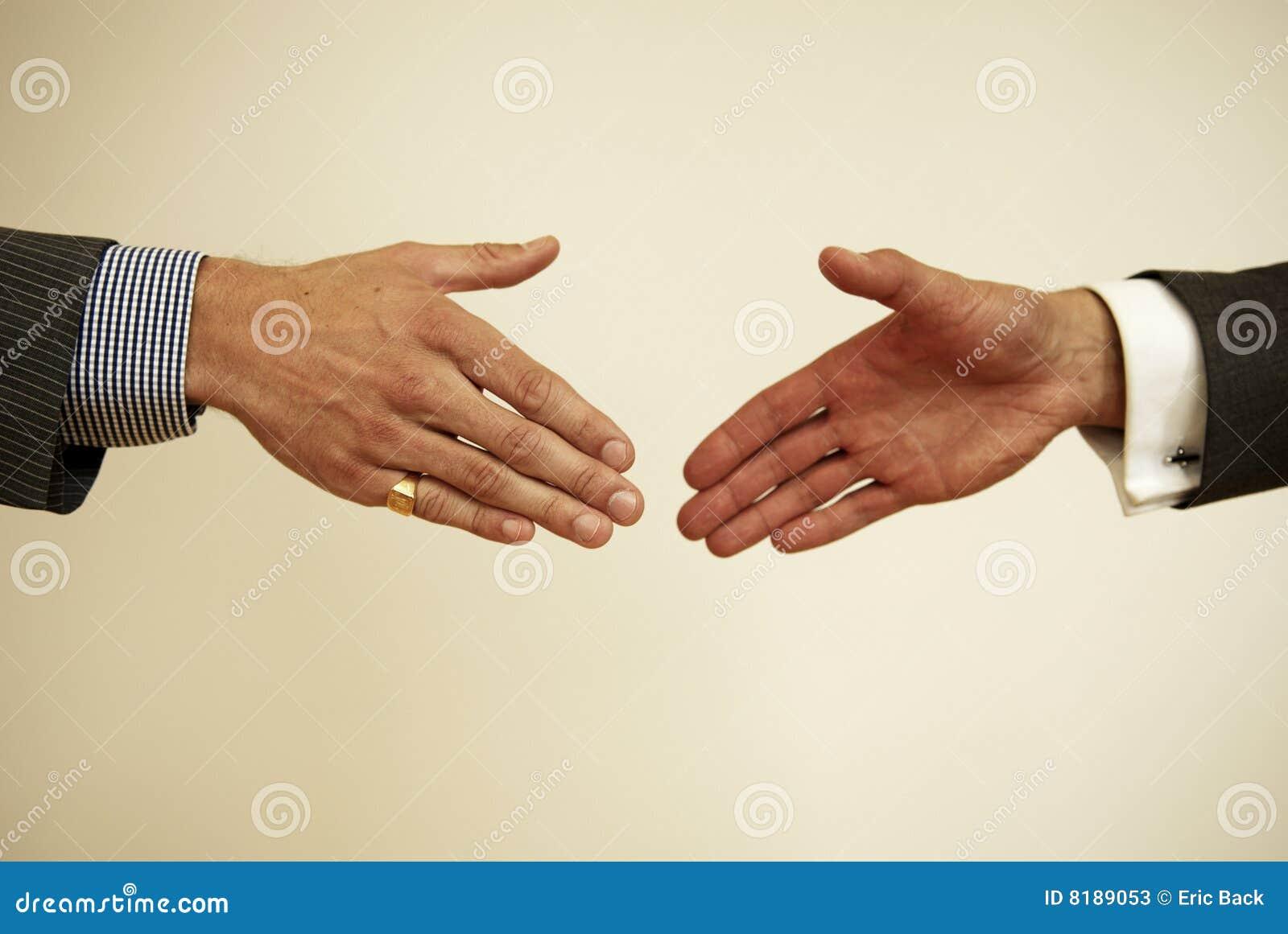 Sobre para agitar a mão