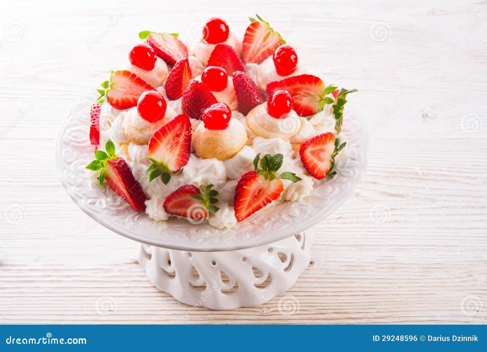 Download Sobremesa Merengue-baseada foto de stock. Imagem de mistura - 29248596