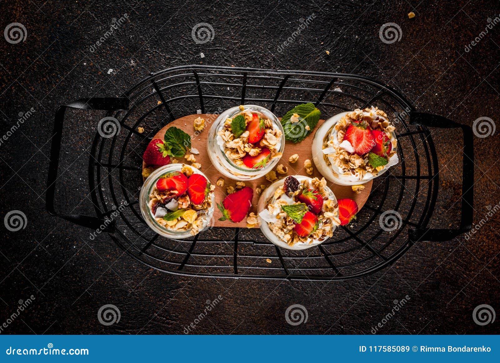 Sobremesa mergulhada da morango