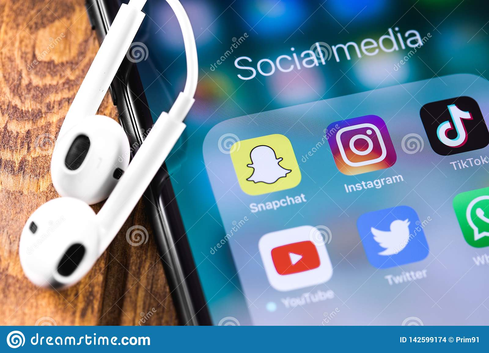 Instagram, Snapchat, Twitter, Youtube Icons Mobile Apps On