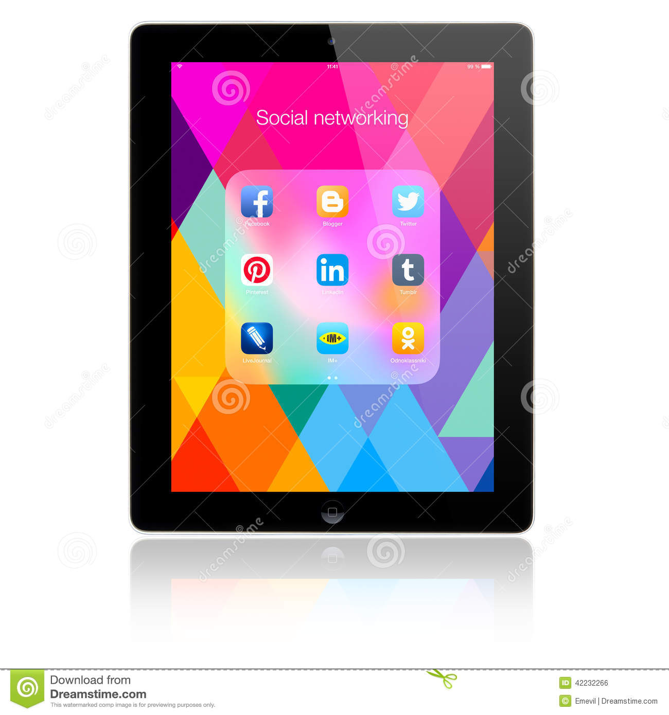 Social Networking Applications On Apple IPad Air Editorial