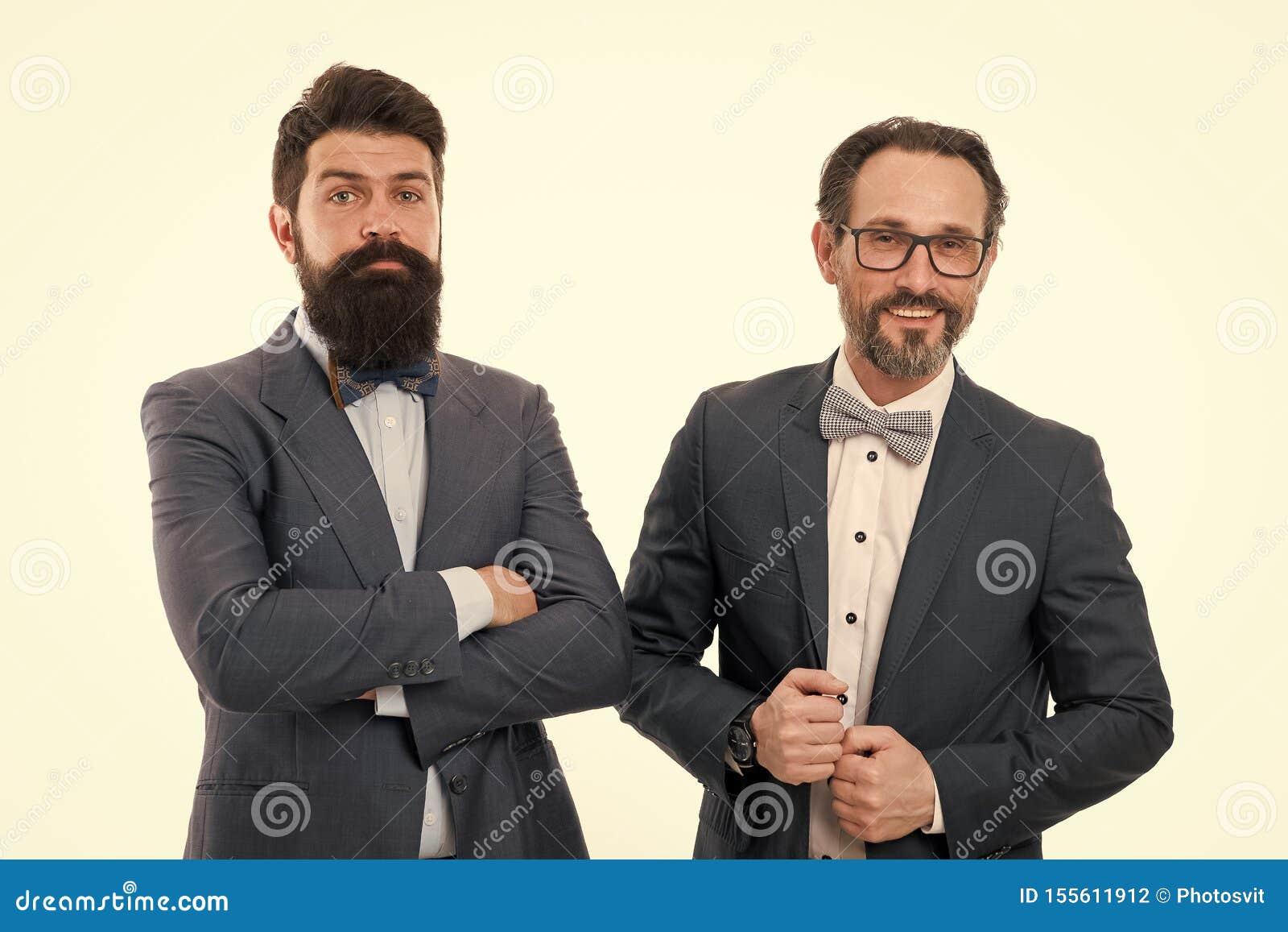 Sociedad Hombres barbudos Colaboraci?n de la sociedad Sociedad madura de los hombres Hombres confiados Negocios Hombres de negoci
