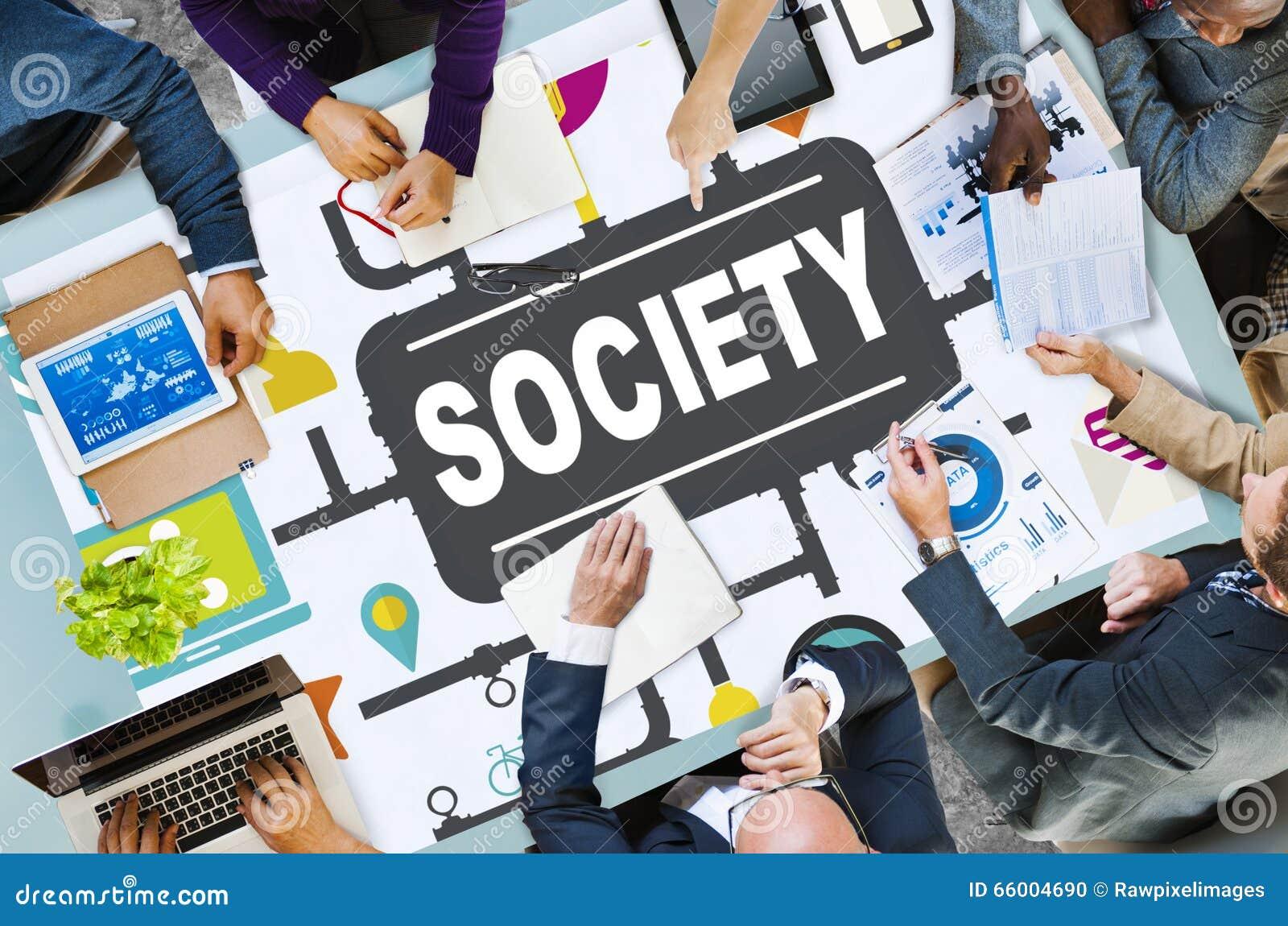 cyberspace in a community Maka cyber community adalah sekumpulan manusia yang saling berkomunikasi, bertukar informasi, menjalankan hidup melalui media elektronik, dikarenakan semakin membudayanya aktifitas manusia menggunakan elektronik seperti halnya masyarakat nyata, masyarakat maya.
