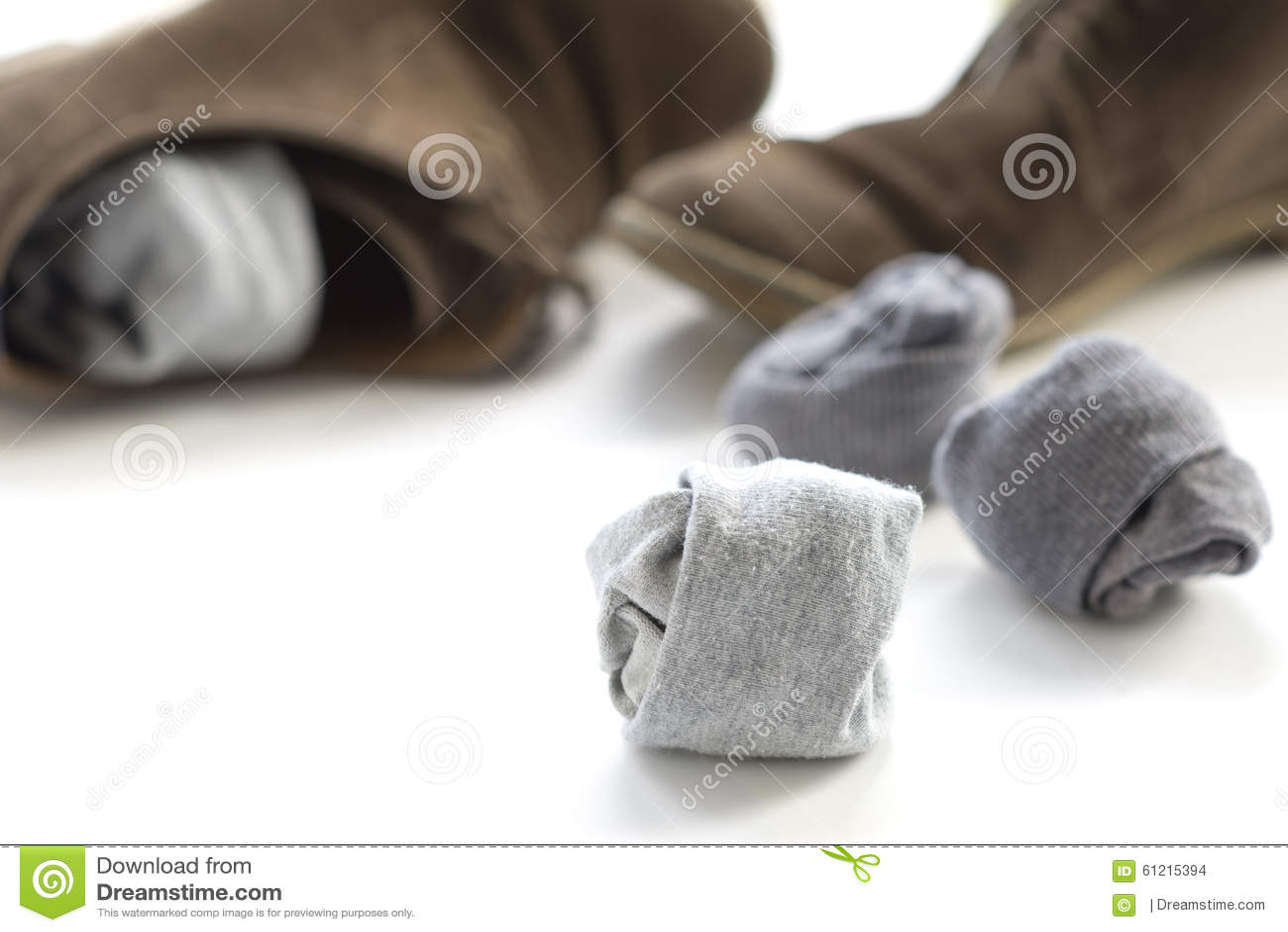 Socken Und Braune Schuhe Stockfoto Bild Von Modern Grau 61215394