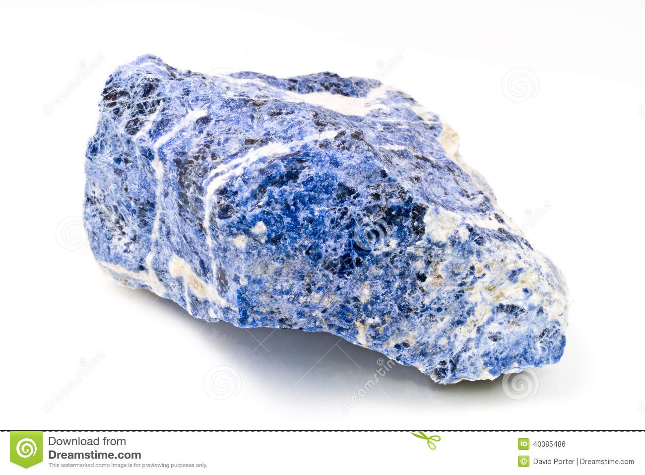 Sodalite: The blue gemstone sodalite information and pictures