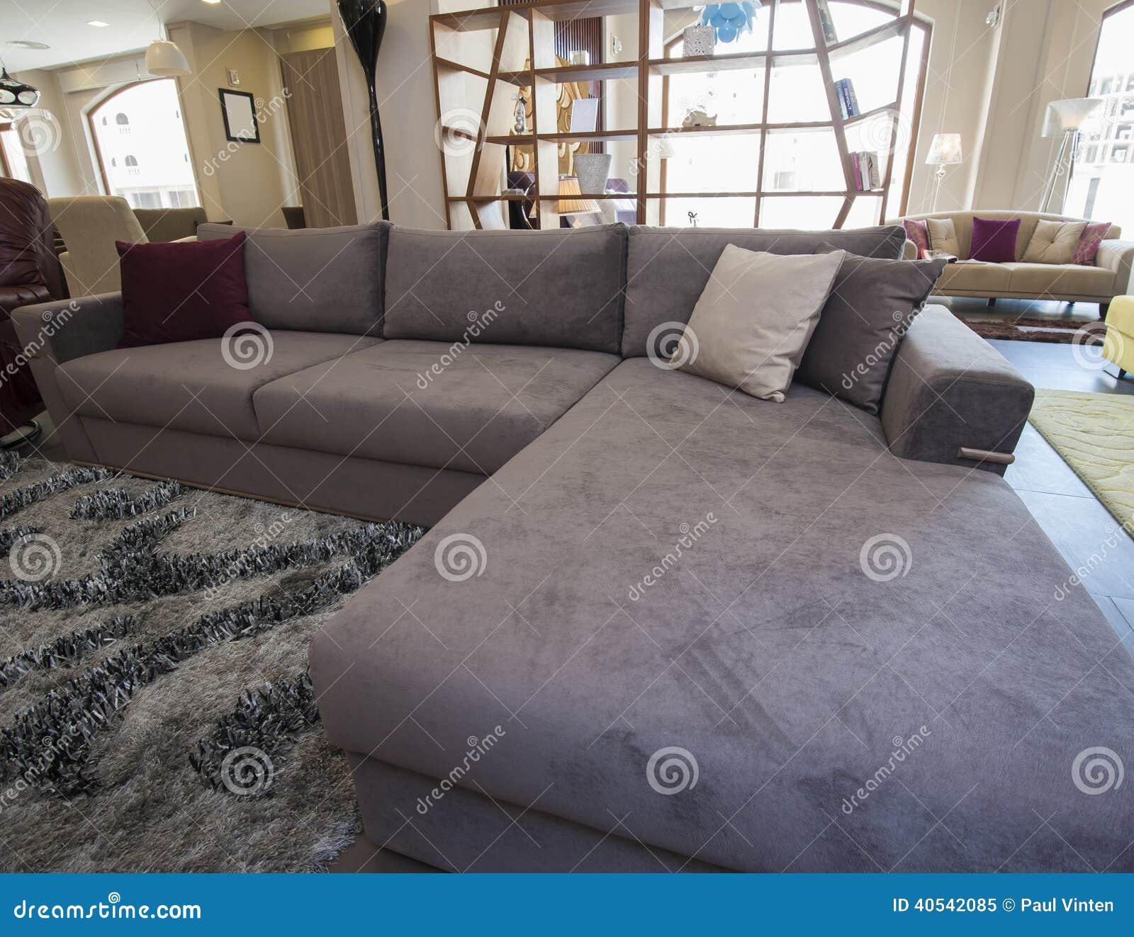 Sofa De Canto Confortavel Veja Ideias Para Deixar A Sala Perfeita O  -> Estofados De Canto Confortavel Para Sala Pequena