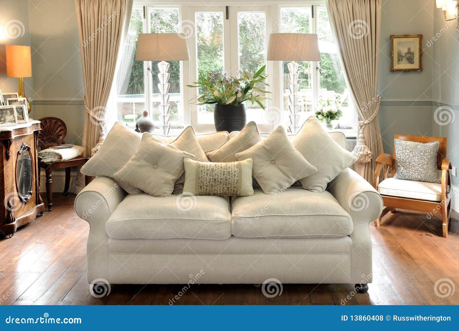 Sof e sala de estar foto de stock imagem de assento for Sala de estar com um sofa
