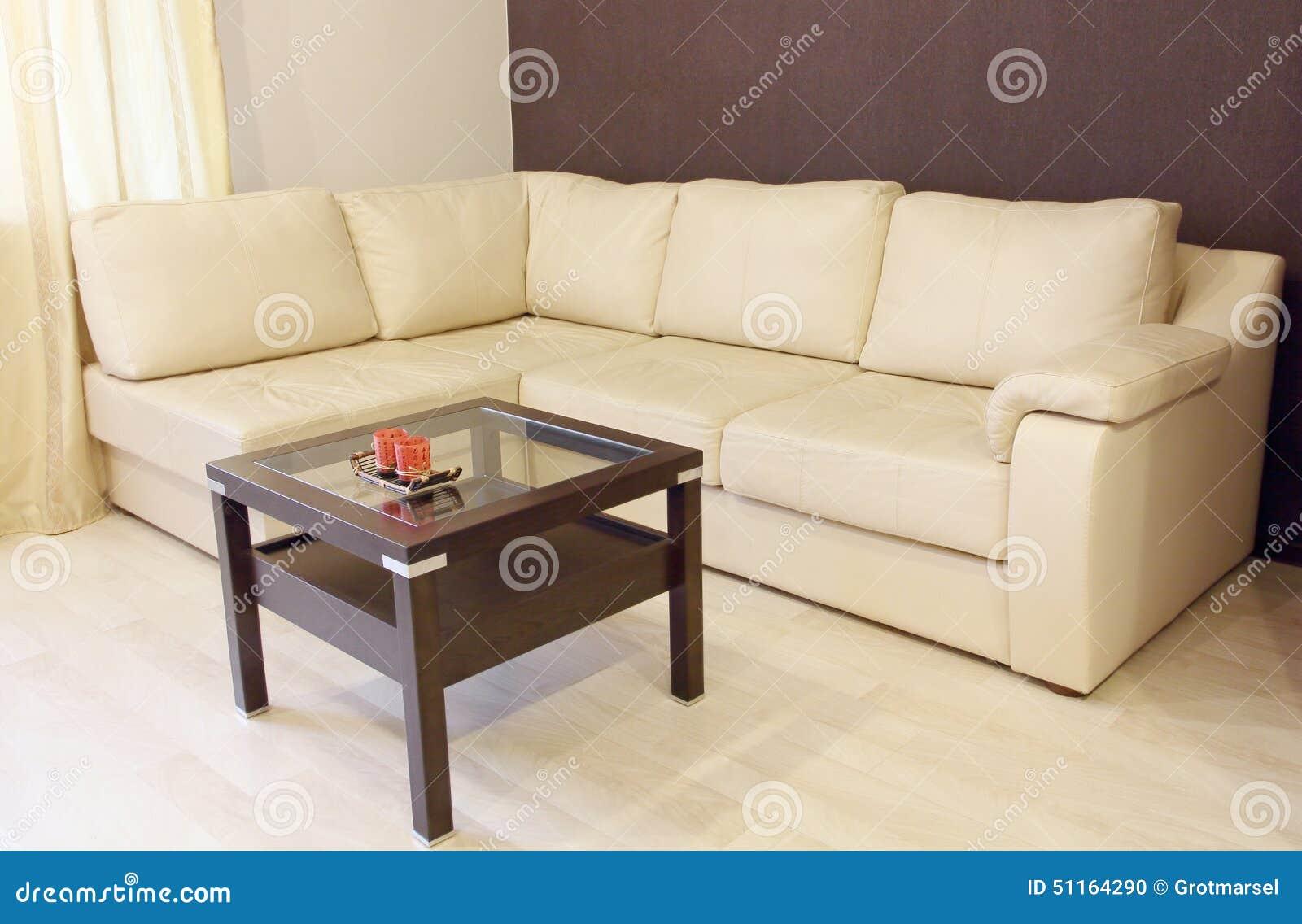 Sof de couro de canto branco moderno e tabela de madeira - Sofas modernos fotos ...