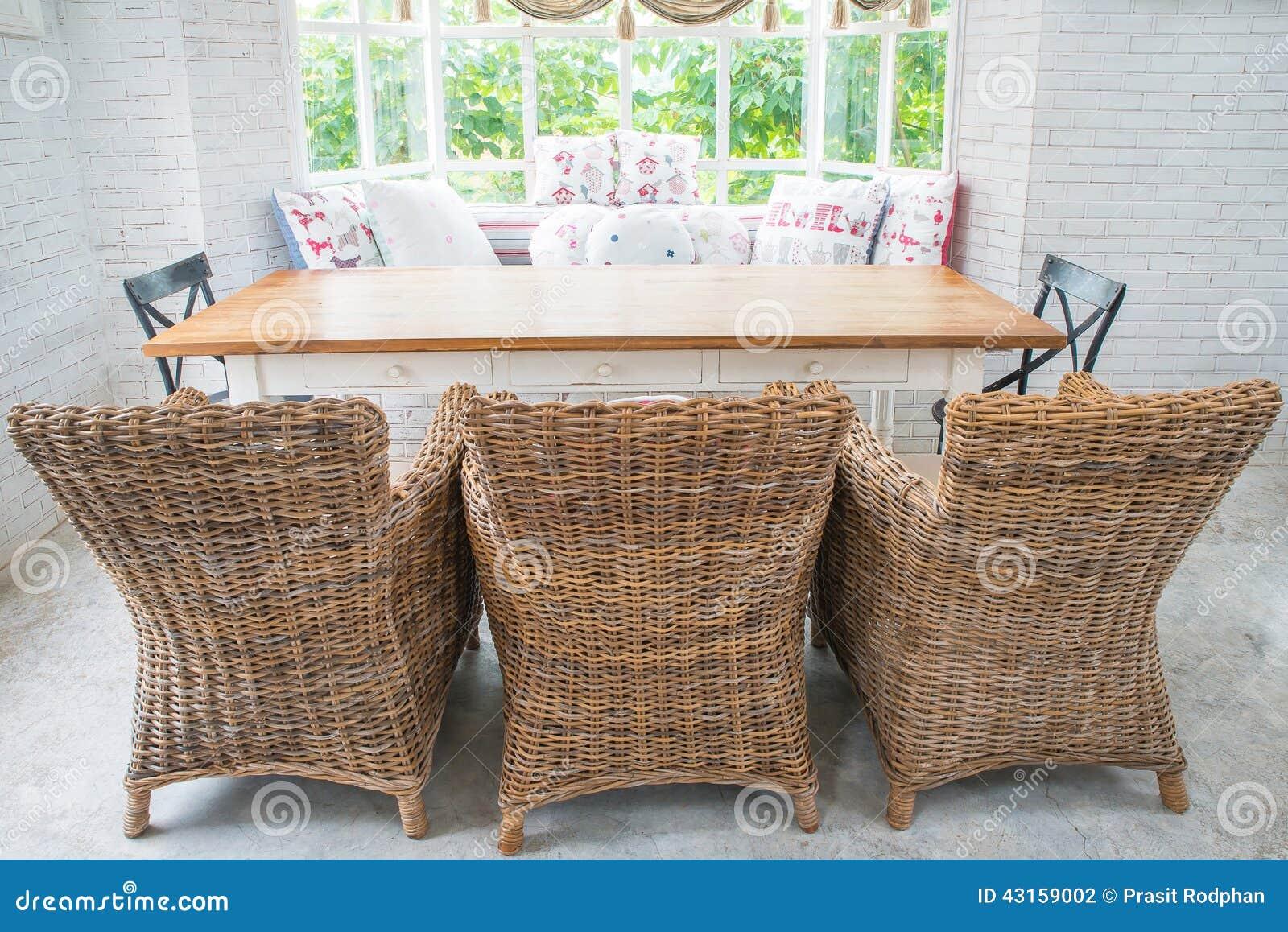 Sofa De Vintage De Tissu Dans Un Salon Anglais De Style